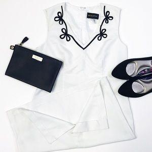 [MetroStyle] V-Neck Midi Dress